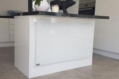 Rahmenlos in Küchenblock integriert